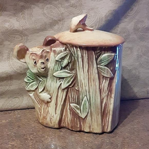 Vintage 1953 McCoy Decorative Koala Bear / Bamboo